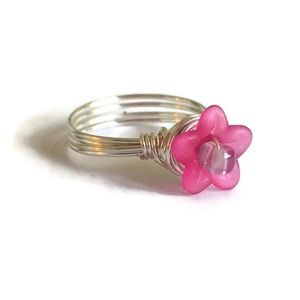 Jewelry - Handmade Fuchsia & Lilac Lucite Flower Wire Ring